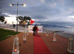 İzmir Gün Batımı İskelesinde Romantik Evlilik Teklifi Organizasyonu