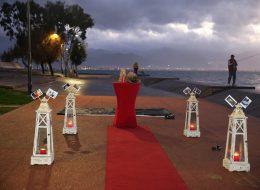 Kordonda Evlilik Teklifi Organizasyonu Yer Volkanları Kırmızı Halı ve Denizci Fenerleri Temini
