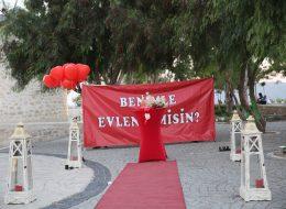 İzmir Alaçatı Sürpriz Evlilik Teklifi Organizasyonu İzmir Organizasyon