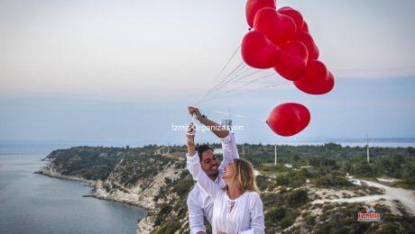 Çeşme' de Vadide Panoramik Evlilik Teklifi Organizasyonu