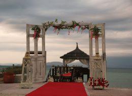Çeşme Evlilik Teklifi Organizasyonu Kapı Süsleme İzmir Organizasyon