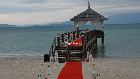 Çeşme Otel İskelede Evlilik Teklifi Organizasyonu İzmir Organizasyon