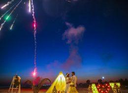 Dikili Kumsalda Havai Fişek Gösterisi ile Sürpriz Evlenme Teklifi Organizasyonu