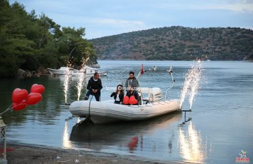 Kumsalda Evlilik Teklifi Organizasyonu Volkan Gösterisi İzmir Organizasyon