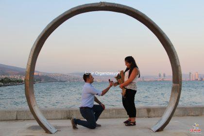 Karşıyaka Yüzük'te Evlilik Teklifi Organizasyonu İzmir