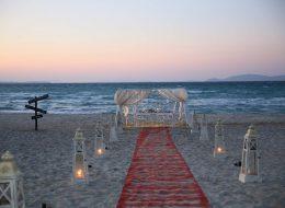 Bodrum Kumsalda Evlilik Teklifi Organizasyonu Gazebo Süsleme