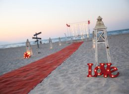 Plajda Evlenme Teklifi Organizasyonu ve Süsleme Hizmeti