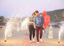 Kumsalda Evlilik Teklifi Organizasyonu Uçan Balonlar İzmir Organizasyon