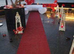 Sürpriz Evlilik Teklifi Organizasyonu Hazırlıkları Yürüyüş Yolu Denizci Fenerleri ve Strafor Harfler