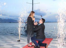 Pasaport Çıkışlı Teknede Sürpriz Evlilik Teklifi Organizasyonu