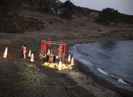 Kumsalda İlginç Evlenme Teklifi Organizasyonu İzmir Organizasyon