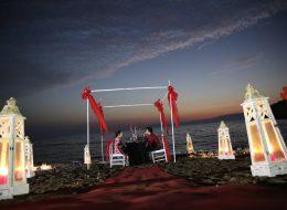 Seferihisar Kumsalda Evlilik Teklifi Organizasyonu Kargı Süsleme İzmir Organizasyon