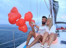 Kırmızı Kalpli Uçan Balon Servisi İzmir