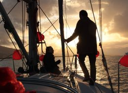 Gün Batımında Teknede Evlilik Teklifi Organizasyonu İzmir